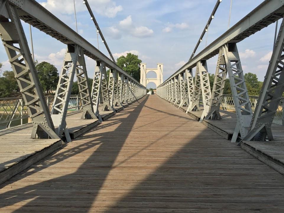 Bridge crosswalk